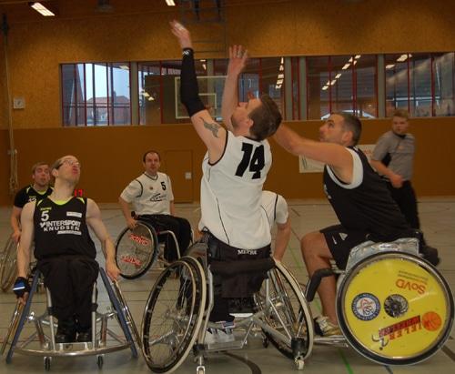 Basketballer fahren erneut zwei Siege ein (2)